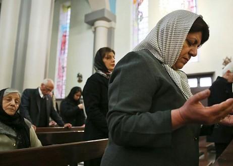 Pendant que les Etats-Unis et l'Iran se menacent, les chrétiens iraniens font appel à Jésus 1561670889-chretiens-iraniens